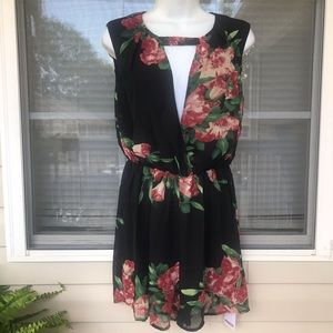 NWT Floral Romper – Fully Lined